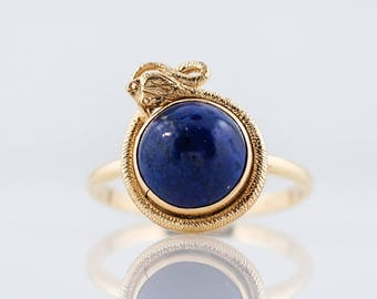 Antique Right Hand Ring Victorian 1.58 Cabochon Cut Lapis in 14k Yellow Gold