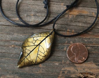 Green Leaf Pendant, Polymer Clay, Earthy Necklace, Hippie, Boho Fashion, Nature Jewelry, Pagan, Faerie Necklace, Adjustable Length, Handmade