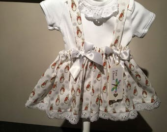 Baby girl t shirt and twirly skirt set. Peter Rabbit, bunnies. Adjustable strap, lace trim top, age 3 months.
