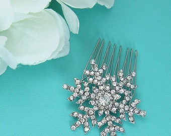 SALE 50% Off Snowflake Wedding Comb, Crystal Rhinestone Snowflake Comb, Wedding Comb, Bridal Hair Comb, winter wedding comb, Comb Headpiece