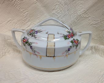 Floral Porcelain Casserole Serving Piece, Covered Handled Serving Dish, Gold Trim, Japan, Round Casserole, 1930s