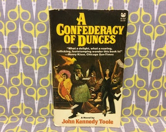 A Confederacy of Dunces by John Kennedy Toole paperback book