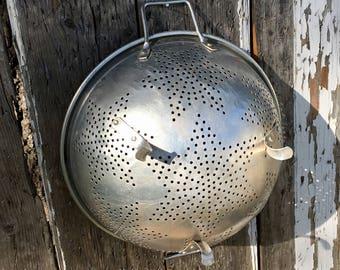 Vintage 50s Large Aluminum Star Strainer/Colander Country Decor Retro Kitchen