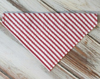Wide Stripe Red and white Seersucker Dog Bandana, Dog Scarf, no tie bandana, slip on bandana, pet bandana, doggy scarf , scarf for dogs