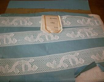 Art Deco unusual design Wholesale and retail Antique filet/binche lace  widths and colors