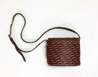 90s leather basket bag CROSSBODY Bag Structured Purse Braided Leather bag Hippie Boho Shoulder Bag Shiny woven Leather brown weave bag