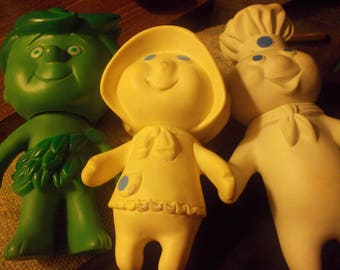Pillsbury dough boy and girl and green sprout