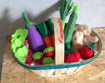 Small vegetable basket for tea party