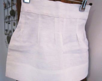 Girl white linen skirt
