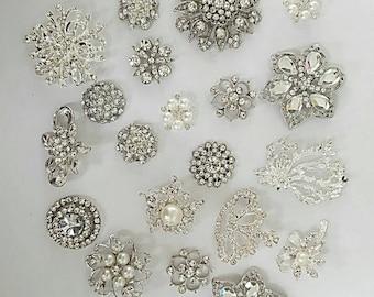 Lot of 20 assorted broochs/assorted brooches/brooch/bouquet supply/rhinestone crystal brooch/wedding