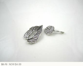 ON SALE Silver Plated Leaf Toggle Clasp Silver Jewelry Making Leaves Clasps Silver Plated Leaf Jewelry Finding Clasp 22x15mm (1pc) 41MV3