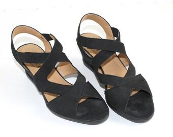 Sesto Meucci Black Suede Wedge Sandals  7 1/2 Medium LIKE NEW