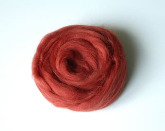 25g red rust carded wool felting or spinning Merino worsted