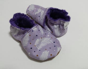 Lilac feather soft soled shoes/ baby shoes/ first shoes/ prewalker/crib shoes/ 6 months/booties/crib shoes