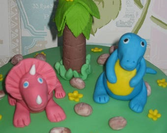 2 edible dinosaurs cake toppers