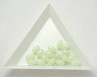 10 pearls rice grain phosphorescent 5x8mm