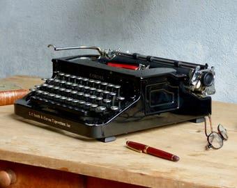 Typewriter Smith Corona 1930 - typewriter
