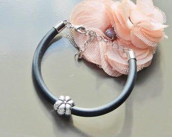 minimalist bracelet Black Pearl from Silver flower
