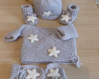 set jacket bonnet booties mittens