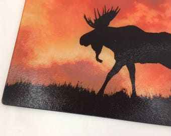 Mountain Living , Moose , Sunset scene , Wildlife, Gift, Kitchen , Glass Cutting Board