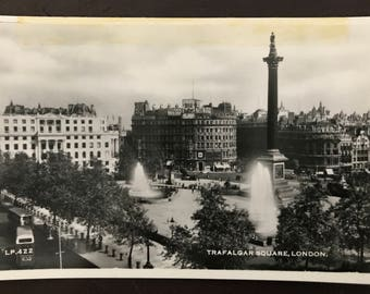 Vintage postcard - Trafalgar Square, London, UK. 1950s!