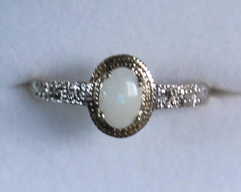 10K Solid Yellow Gold Opal Diamond Ring