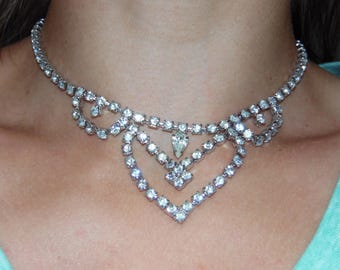 Vintage Rhinestone Necklace Immaculate Necklace Bib Collar Necklace