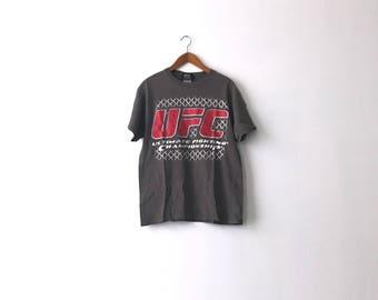Vintage 90s UFC Shirt - Adult M