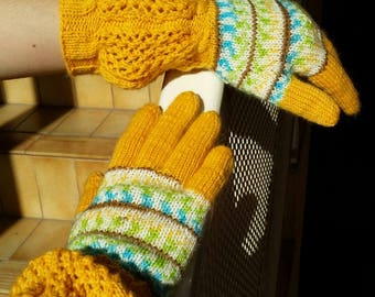 Hand Knitted gloves with fingers, wool full fingers gloves, women's gloves, knitted in Australia