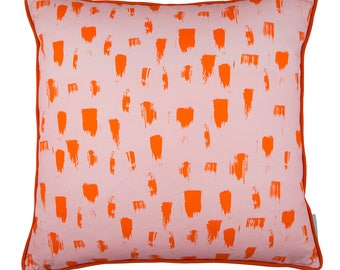 Brush cushion in Pink