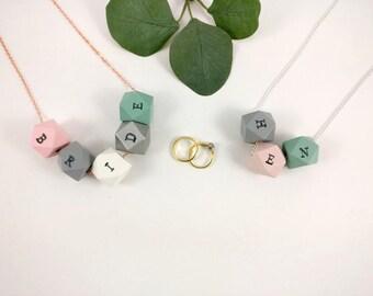 Bride & Hen Necklace | Wedding Jewellery | Hen Party gift | Bride to be gift | Bridal Party gift | Bride Gift | Bridesmaid gift | bride gift