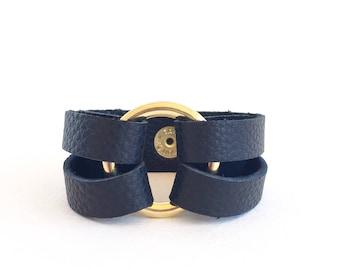 Black Leather Wrap Bracelet for Her, Wrap Around Cuff, Black Leather Bracelet, Leather Strap Bracelet with Circle, Black Wrap Bracelet