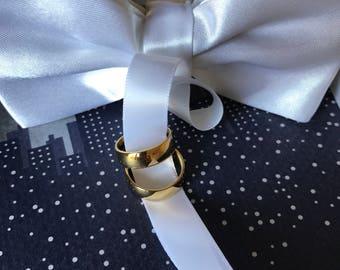 White Dog Bow Tie collar, Dog Ring Bearer, Pet Wedding Accessory, Pet Lovers, White wedding accessory