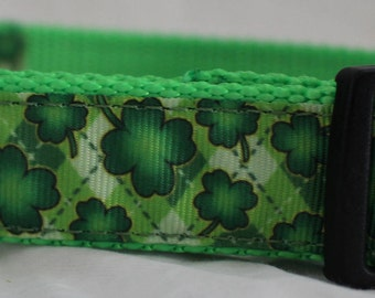 "Shamrock Design Dog Collar (1"") - Side Release Buckle (D-Ring Martingale Available)"