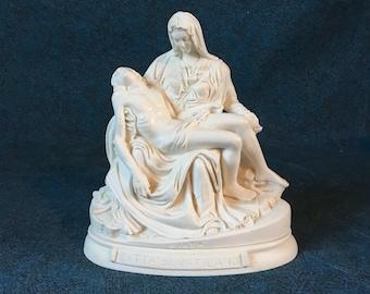 Vintage R Leoni Pieta Jesus and Mary Sculpture, Citta Del Vaticano