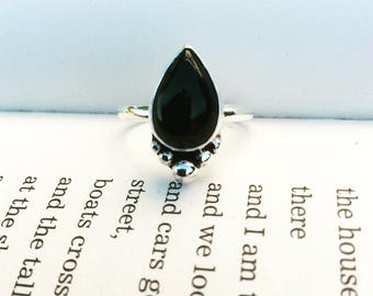 Onyx Boulder - Sterling Silver Ring