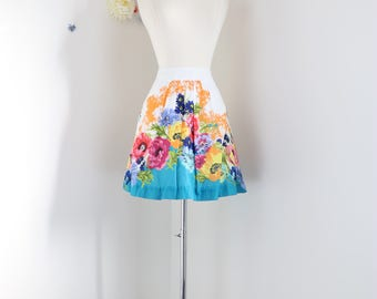 "1990s Skirt - Floral Short Skirt - Full Flare - Pockets - Anthropologie - 100% Cotton - Summer Spring - Size Small/Medium  28"" - 31"" Waist"