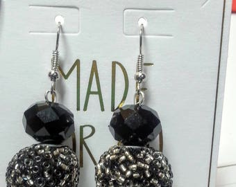 Black White & Silver Seed Bead Earrings