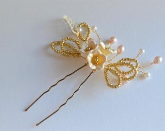 bridal hair pin, bridesmaid hair pin, gold ivory and cream hairpiece, sweet blossom hair pins, wedding hair accessory