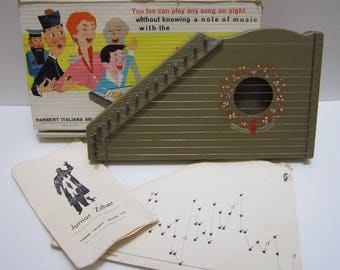 Vintage Musical Instruments Toy Junior Zither Childrens Harp w/ 10 Music Notes Charts Anyone Can Play Harbert Italiana Milano Made in Italy