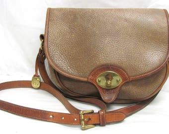 Vintage Authentic Brown Pebbled All Weather Leather Dooney & Bourke Trooper Shoulder Bag Purse