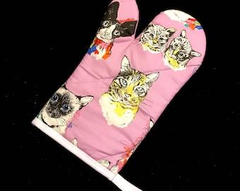 Colorful Kitties Oven Mitt