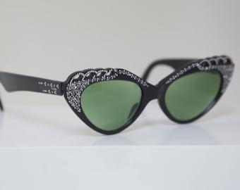 Cateye 1950s Sunglasses with Rhginestone inlay OHH La La  / France