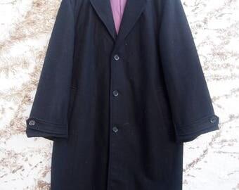Black woollen overcoat with purple lining (medium)