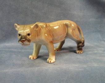 Cougar Figurine,  Mountain Lion figurine