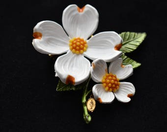 """Vintage Daisy Flower Brooch Floral Coat Sweater Pin Virgin Mary Religious Charm 3"""""""