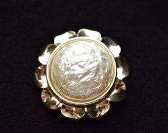 """Vintage Round Flower Statement Brooch Baroque Faux Pearl 1.75"""" Coat Sweater Pin White Gold Tone Retro Costume Jewelry"""