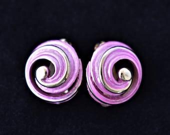 "Vintage 80s Pink Enamel Swirl Circle Earrings Clip On Retro Costume Estate Jewelry 1/2"""