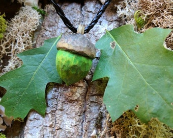 necklace / pendant / jewelry / Hand carved wooden green acorn / nature / hiking