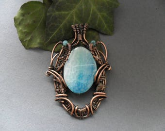 Dragon Blue Agate pendant / Wire wrapped pendant  / Wire wrapped jewelry / Bohemian jewelry / Copper wire necklace / Copper wrapped jewelry